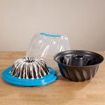Bakeware & Cookware - Fluted Cake Pan with Carrier